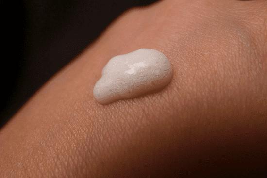 Accoje – Anti Aging Volume Capsule Cream