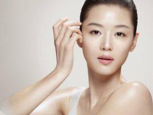 Koreanisches Hautpflegesystem für fettige Haut